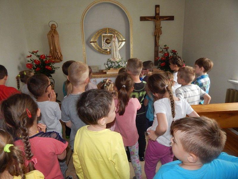 Matka Boża Fatimska W Przedszkolu Służebniczki